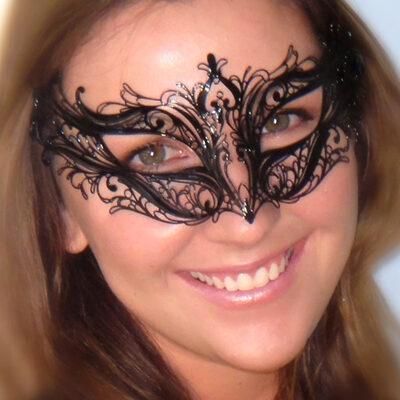 Black Lace Lightweight Masquerade Mask