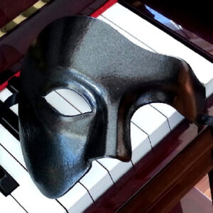 Eclipse Black Phantom Mask in Black Metallic Black