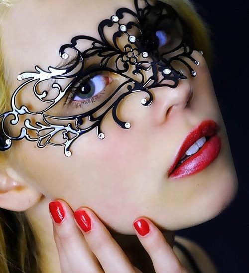 Enchanted Comfortable Mask Clear Swarovski Crystals
