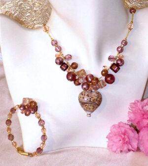 Murano Necklace Caviar Heart Necklace & Bracelet Set