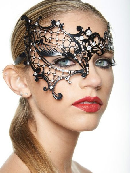 Bling on a Budget Mask