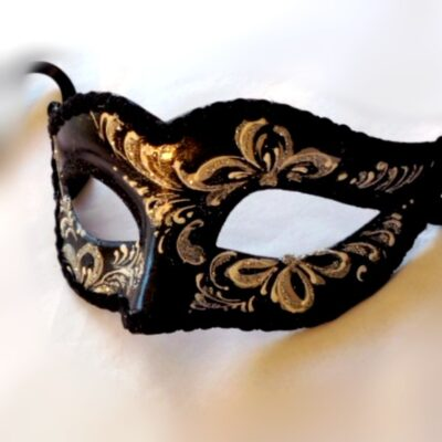 Lily Black Silver Masquerade Mask