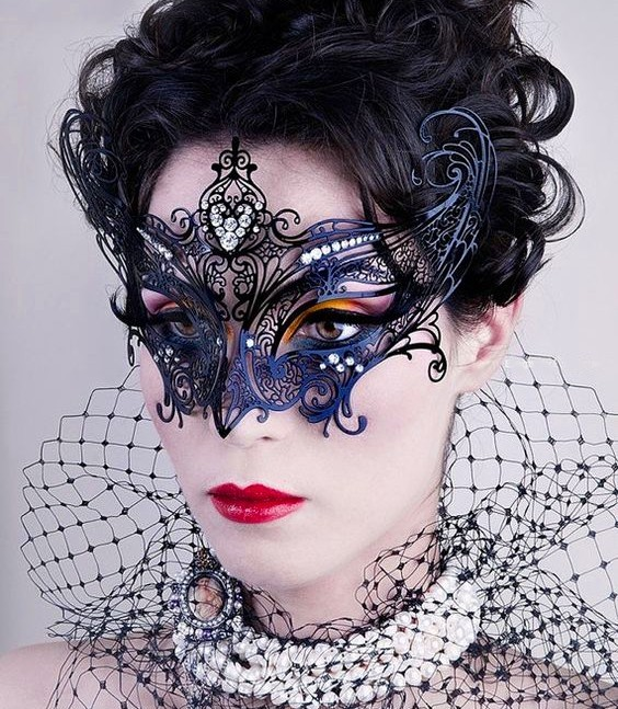 Angel Mask Black with Crystals