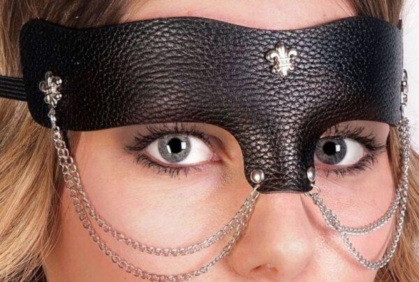 Leather Mask Dominatrix
