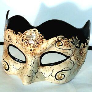 large-mans-venetian-mask