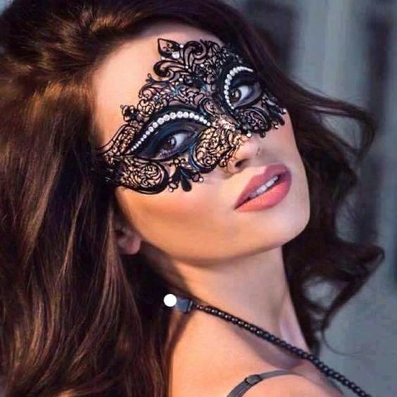 Fleur Black Mask Crystals