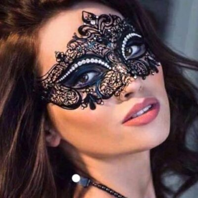 Fleur Black Mask with Crystals