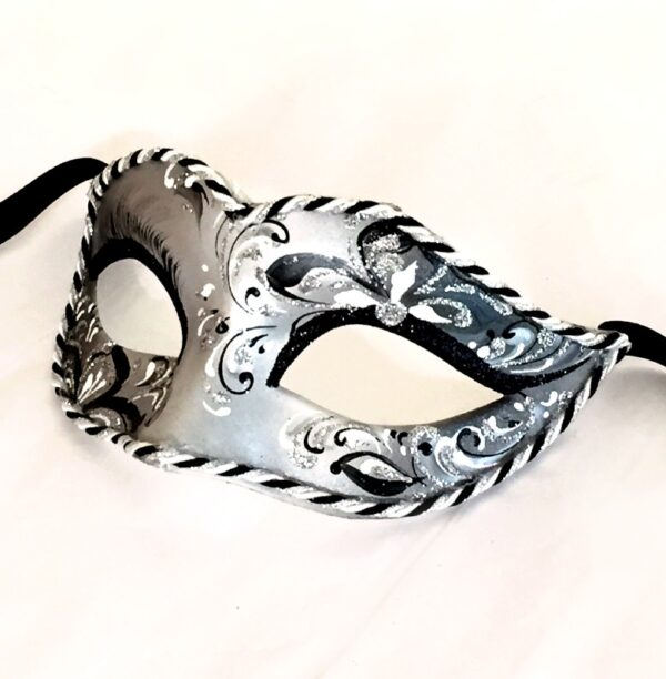 Lily Silver Ladies Mask