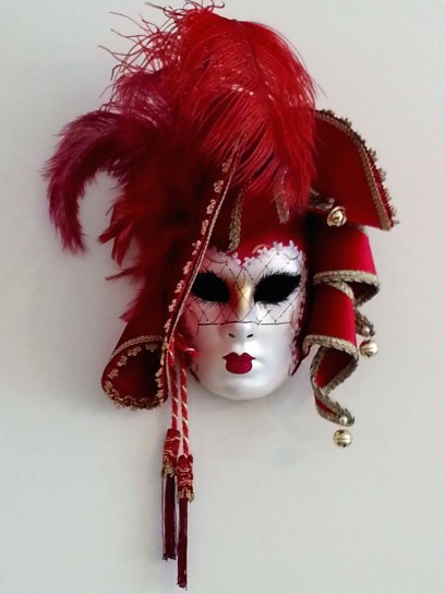 lady-in-red-decor-mask